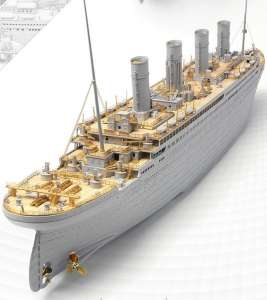 R.M.S. Titanic Premium Edition with LED Units model in 1-400