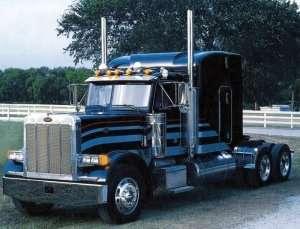 Classic Peterbilt 378 - Long Hauler in scale 1-24