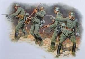 MB 3522 Figurki - niemiecka piechota 1941-42 - Front wschodni
