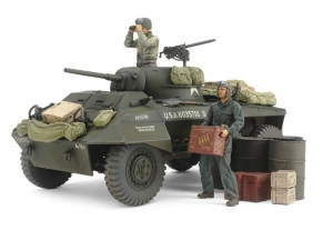 US M8 Light Armored Car Greyhound model Tamiya 25196 in 1-35