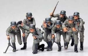 German Assault Troops in scale 1-35 Tamiya 35030