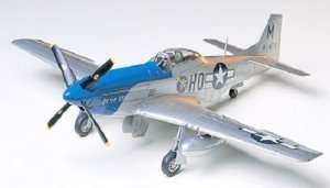 North American P-51D Mustang 8th AF in scale 1-48 Tamiya 61040