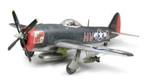 Republic P-47M Thunderbolt model in scale 1-48