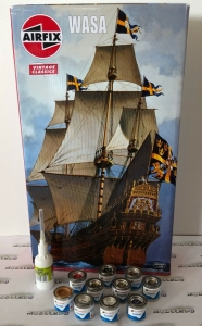 Gift Set Airfix A09256V Wasa with paints and glue