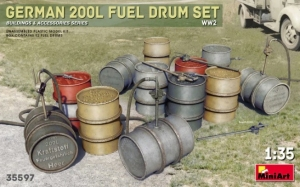 Model MiniArt 35597 German 200 Liter Fuel Drum Set