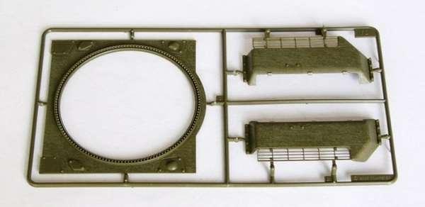 Trumpeter 00903 w skali 1:16 - model Soviet Tank T34/76 model 1943 - image c-image_Trumpeter_00903_3