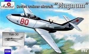 Radziecki samolot szkoleniowy Yak-30 Amodel 72230