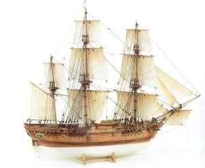 BB492 HMS Bounty - drewniany żaglowiec