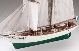 D021 La Belle Poule drewniany model 1-50