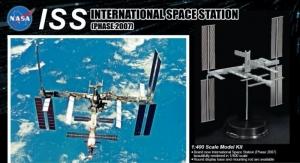 Dragon 11024 Międzynarodowa Stacja Kosmiczna model 1-400