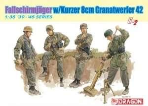 Dragon 6373 Fallschirmjager w/Kurzer 8cm Granatwerfer 42