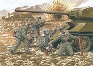 Dragon 6477 20th Waffen Grenadier Division (Baltic States 1944)