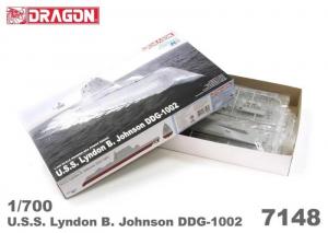Dragon 7148 Okręt USS Lyndon B. Johnson DDG-1002 model 1-700