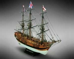 Drewniany model okrętu HMS Bounty Mamoli MV39 1-64