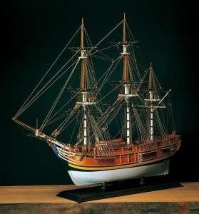 HMS Bounty - Amati 1432 - drewniany model w skali 1:60