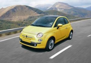 Italeri 3647 Samochód Fiat 500 (2007) skala 1-24