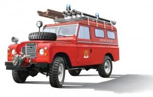 Italeri 3660 Samochód Land Rover strażacki
