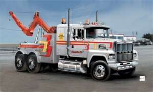 Italeri 3825 US Wrecker Truck