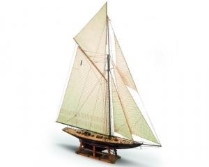 Jacht Britannia Mamoli MV44 drewniany model okrętu w skali 1-64