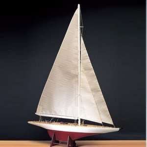 Jacht Ranger - Amati 1700/54 - drewniany model w skali 1:80