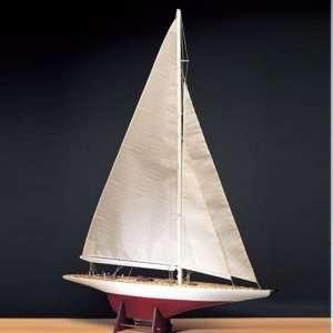 Jacht Ranger Amati 170054 drewniany model w skali 1:80
