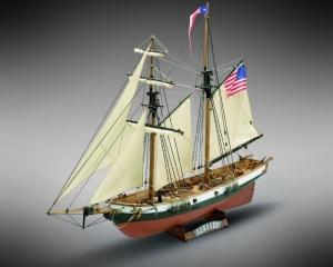 Kliper Newport Mamoli MV50 drewniany model okrętu w skali 1-57