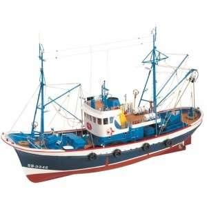 Kuter rybacki Marina II Artesania 20506 drewniany statek 1-50