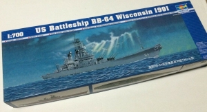 Model pancernika BB-64 Wisconsin 1991 Trumpeter 05706