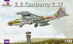 Model samolotu EE Canberra T.17 Amodel 1430