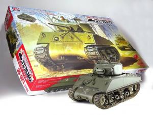 Model Asuka 35-021 czołg M4A3E2 Sherman Jumbo