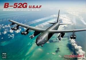 Model bombowca USAF B-52G Stratofortress Modelcollect UA72202