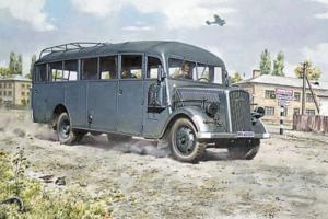 Roden 720 Opel Blitz Omnibus model 1-72