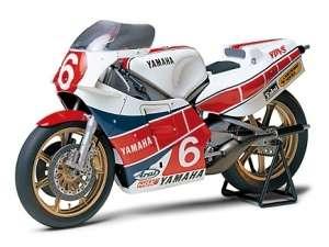 Tamiya 14075 Motocykl Yamaha YZR500 (OW70) Taira Version