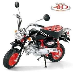 Tamiya 16032 Motocykl 1:6 Honda Monkey 40th Anniversary