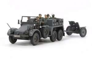 Tamiya 32580 German 6x4 Towing Truck Kfz.69 with 3,7cm Pak