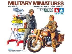 Tamiya 35241 German Motorcycle Orderly Set