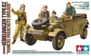 Tamiya 35304 German Kubelwagen Type 82 Ramcke Parachute Brigade