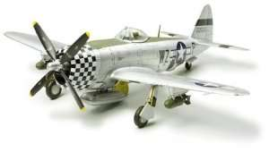 Tamiya 60770 Republic P-47D Thunderbolt