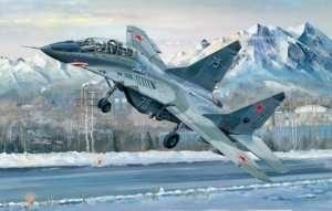 Trumpeter 03226 Samolot MiG-29UB Fulcrum