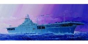 Trumpeter 05728 Lotniskowiec USS Essex CV-9