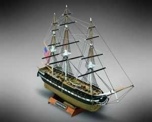 USS Constitution Mamoli MM64 drewniany model 1-330
