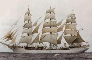 Żaglowiec Danmark BB5005 drewniany statek 1-75