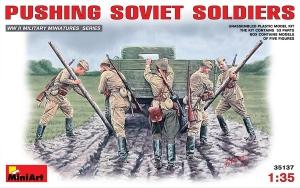 Zestaw figurek żołnierzy sowieckich model Miniart 35137