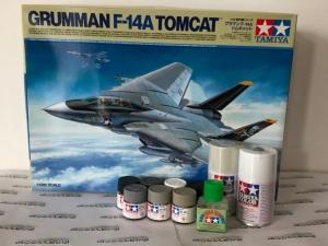 Zestaw modelarski Tamiya 61114 F-14A Tomcat z farbami i klejem