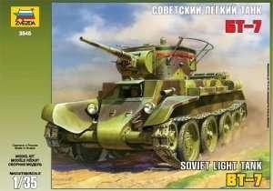 Zvezda 3545 BT-7 Soviet tank