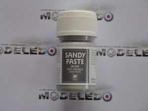 Vallejo 26232 - Sandy Paste 30 ml - piasek