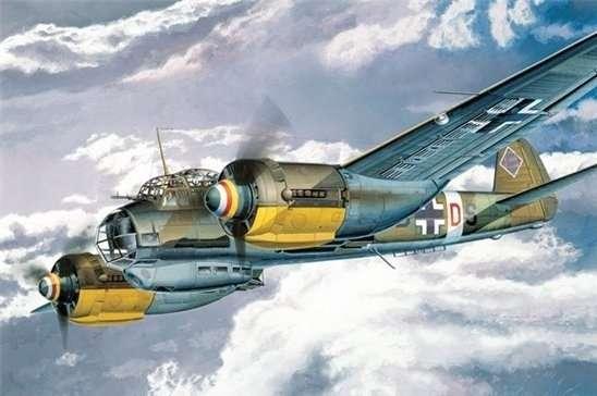 Model do sklejania niemieckiego bombowca z okresu WWII - Junkers Ju88A4, model Dragon 5528 w skali 1:48.-image_Dragon_5528_1