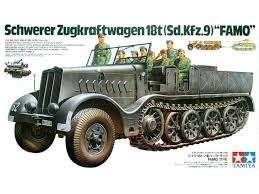 Model niemieckiego ciągnika Sd.Kfz.9 Famo, plastikowy model do sklejania Tamiya 35239 w skali 1/35.-image_Tamiya_35239_1