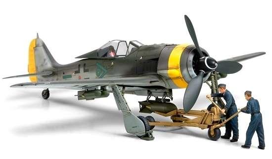 Plastikowy model niemieckiego myśliwca Focke-Wulf Fw190 F-8/9, model Tamiya 61104 w skali 1/48.-image_Tamiya_61104_1