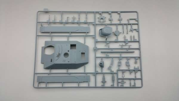 model_plastikowy_do_sklejania_amusing_hobby_35a021_jagdpanzer_38_d_sklep_modelarski_modeledo_image_6-image_Amusing Hobby_35A021_3